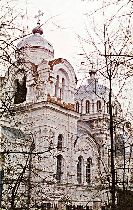 Белая церковь в 2003 г.