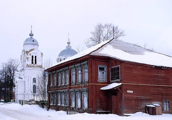 Дом причта в 2005 г.