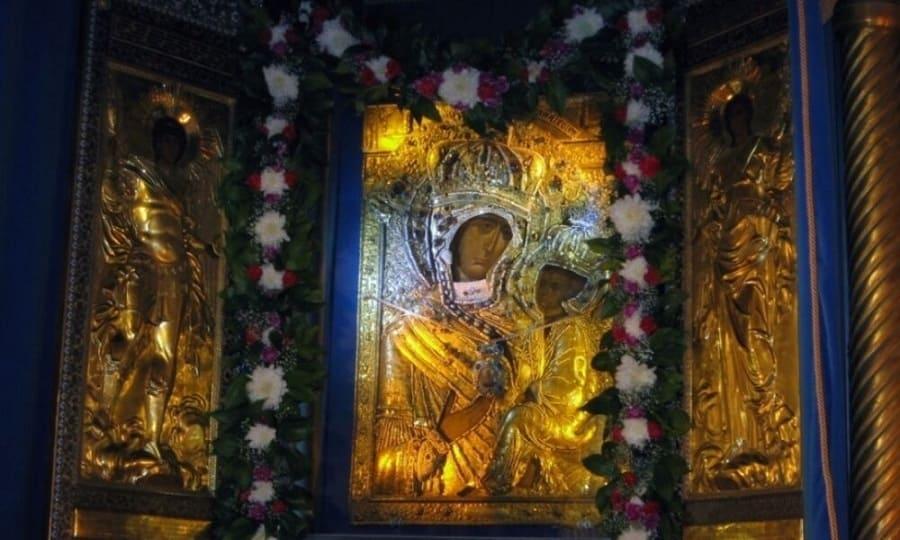 Тихвинская икона Божьей Матери «Ополченная»