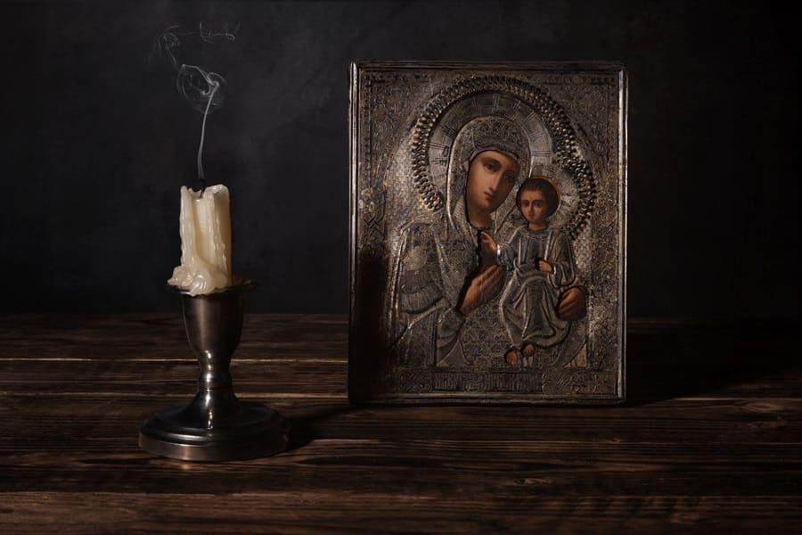 «Бабуль, зачем мне икона?» История о помощи Пресвятой Богородицы