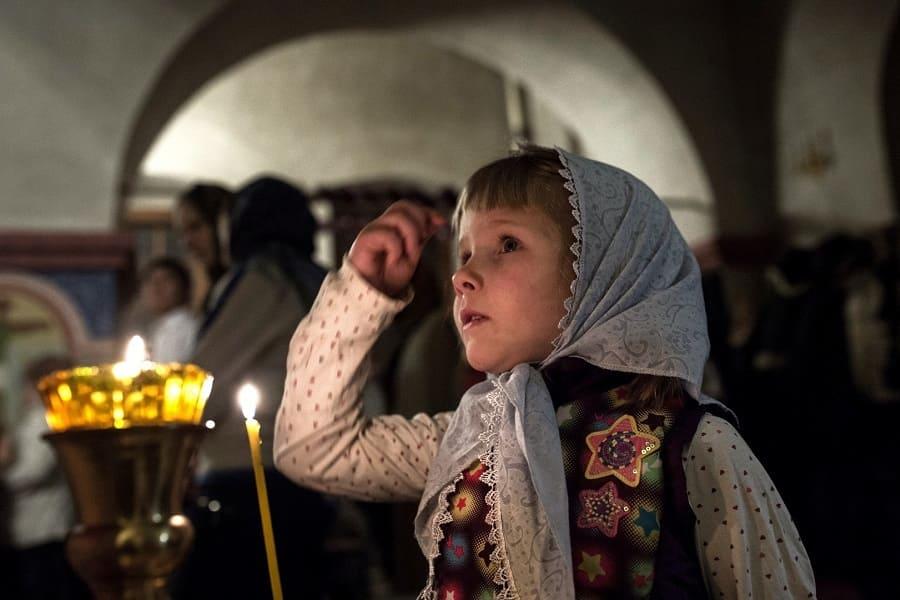 Как и почему важно правильно на себя накладывать крестное знамение?
