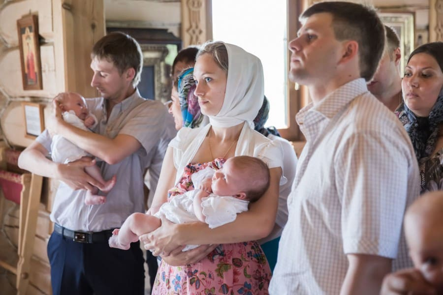 Возможен ли брак между крестными родителями одного ребенка?